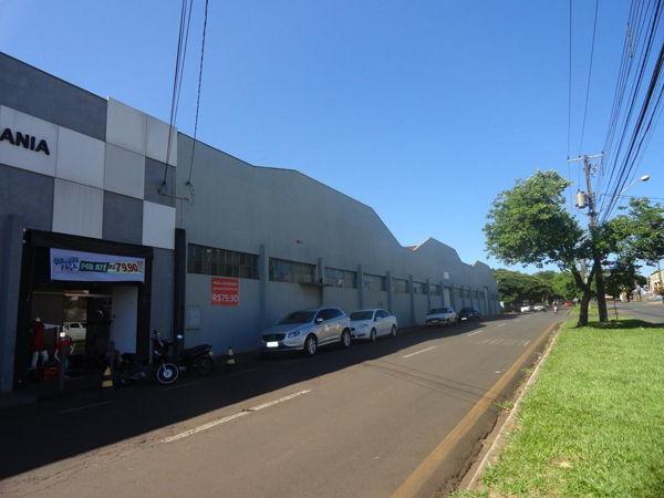 Comercial Galpão / Barracão